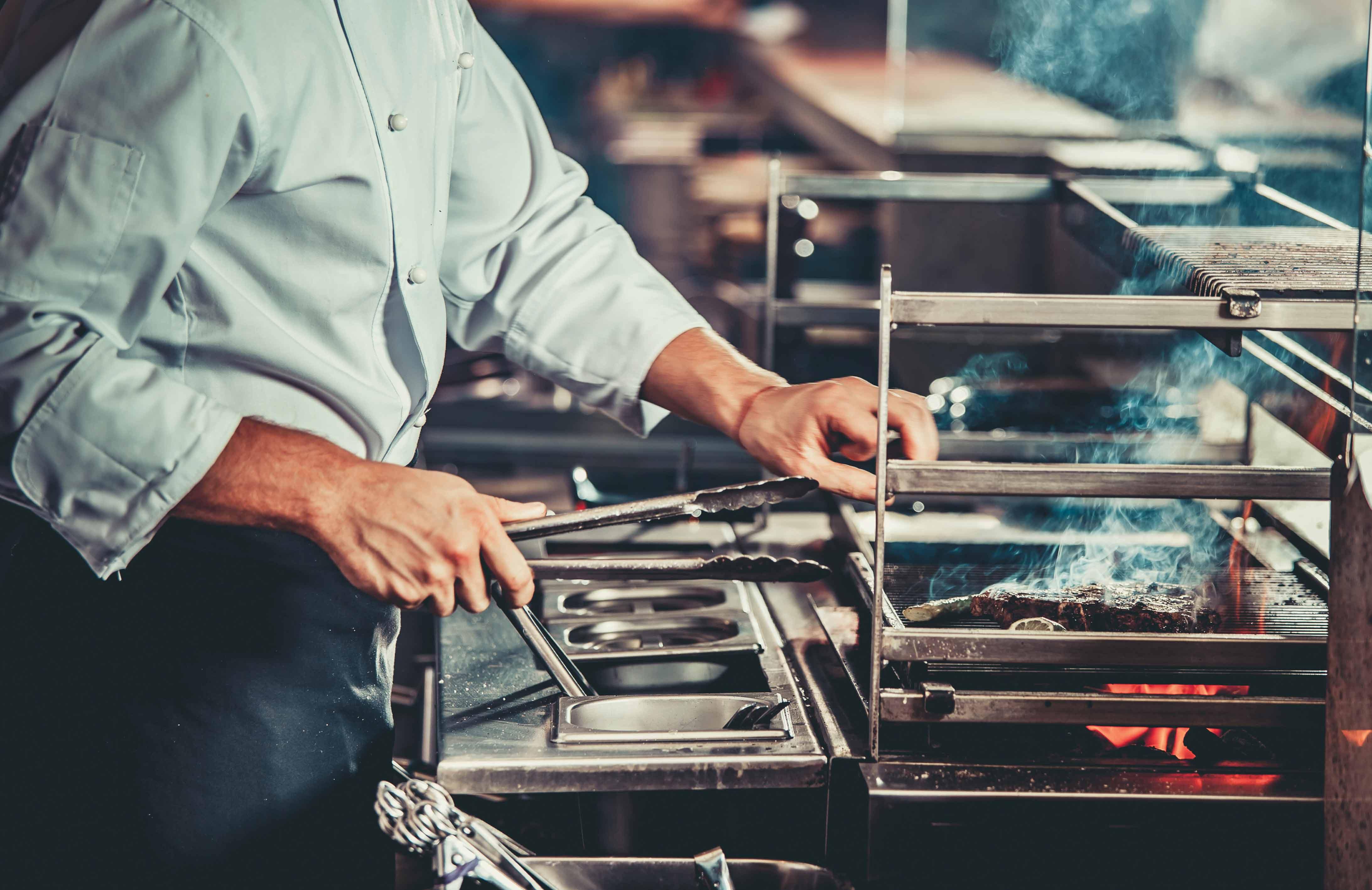 Restaurangutrustning för att underlätta ditt jobb på restaurangen